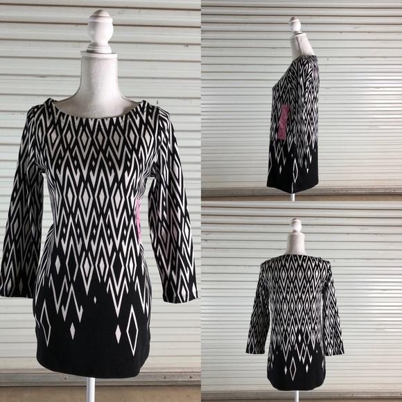 67212f193 Rafaella Women s SM Black Diamond Design Tunic Top
